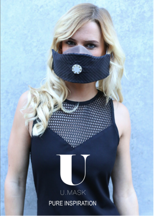 australian celebrity jade albany wearing U-mask
