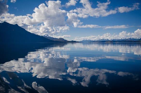 lake-430508_640